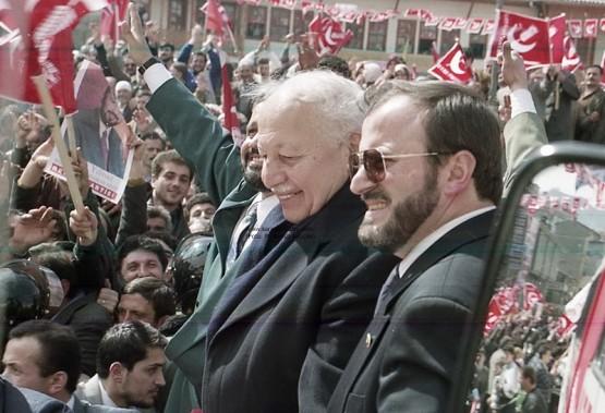 RP Lideri Necmettin Erbakan, Rize mitingi sırasında