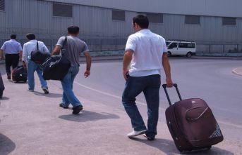 Turist işçiler,Rusya'dan perişan dönüyor