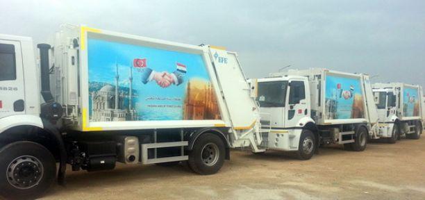 Türkiye, Mısır'a 150 çöp kamyonu hibe etti