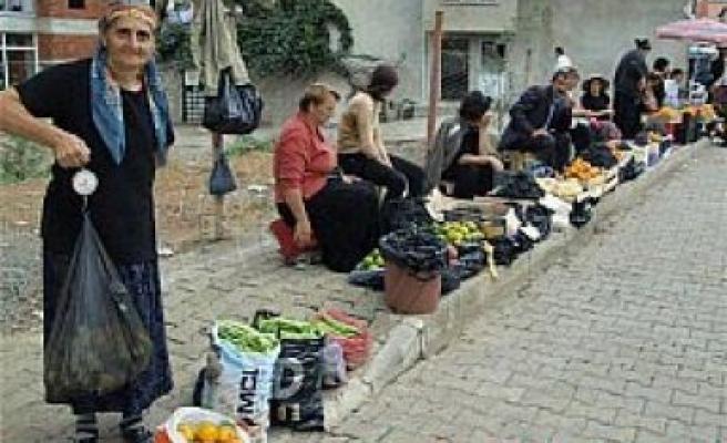 Gürcüler, Kemalpaşa'ya renk katıyor