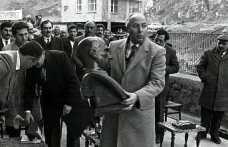Atatürk'ü okula hapsetmiş siniz!