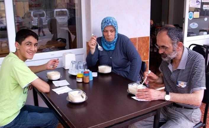 Hamsiköy' de Sütlaç, şah ile meşhur oldu