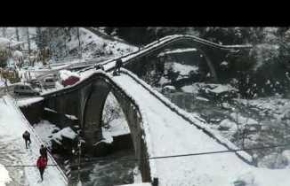 Çifte köprüler kar altın da Arhavi